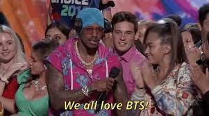 We All Love Bts GIFs - Get the best GIF on GIPHY